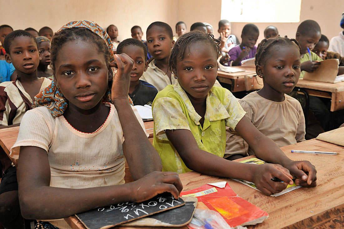 Malische Kinder im Schulunterricht